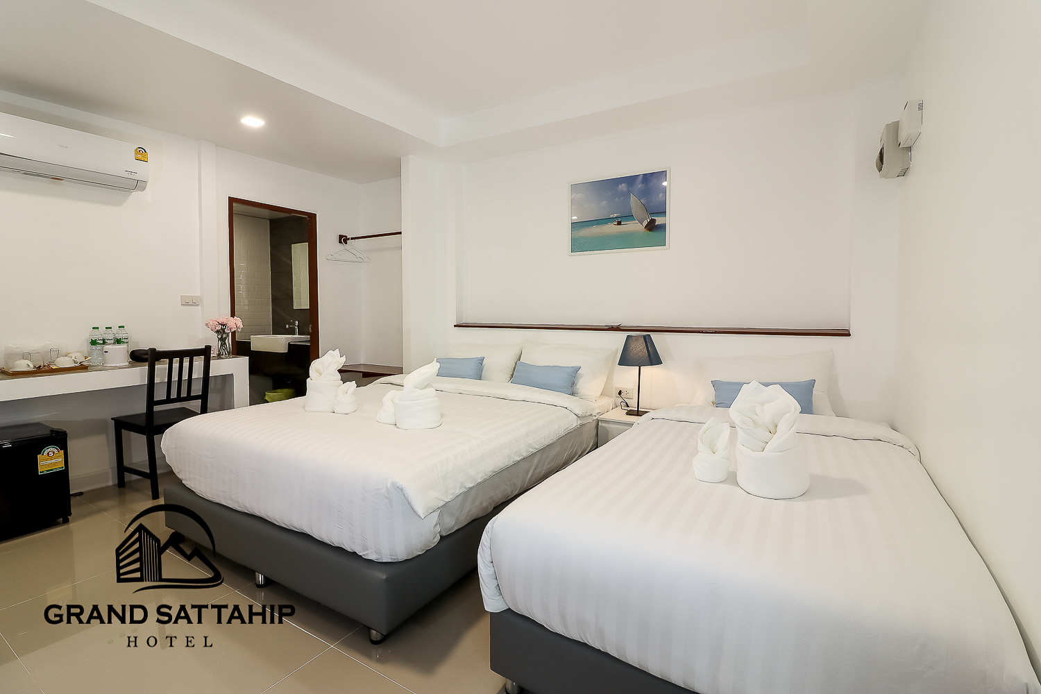 grand hotel sattahip by sonthaya room type c 1